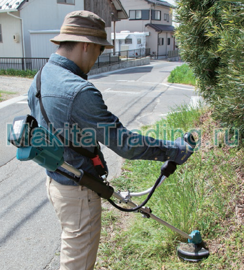 стрижка травы аккумуляторным триммером макита